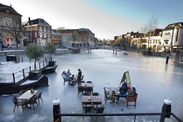 Cold Terrace, Frozen River Cafe.