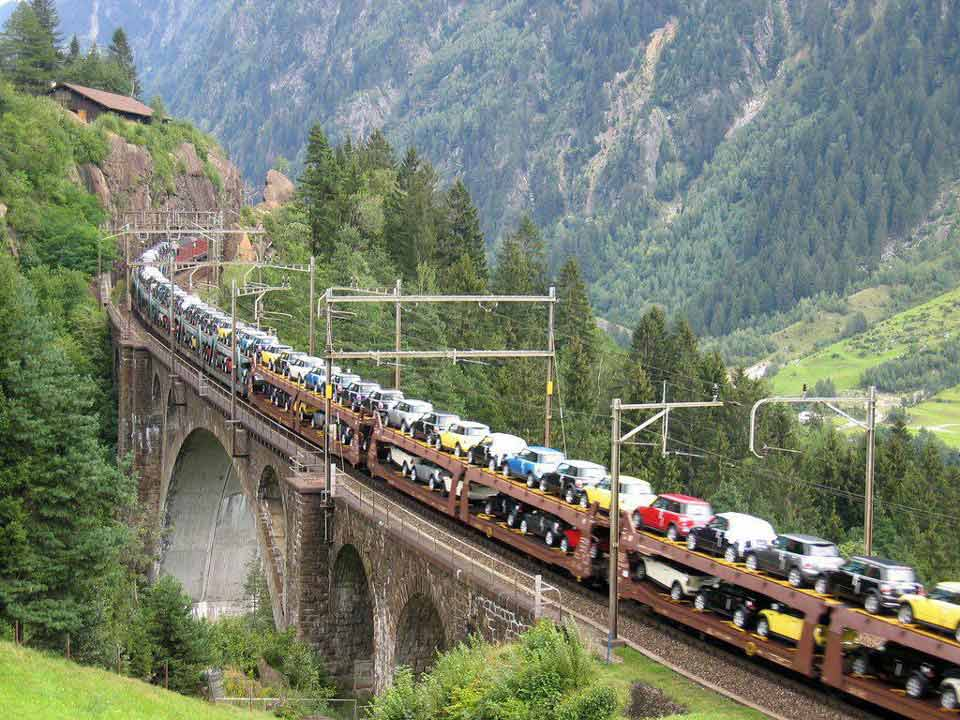 Train full of Mini Cars