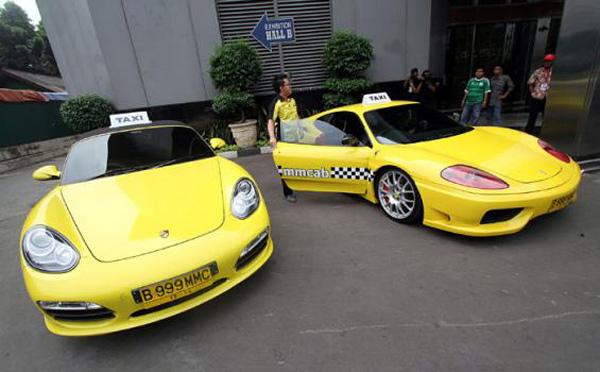 Ferrari F360 & Porsche Boxster Taxis in Jakarta