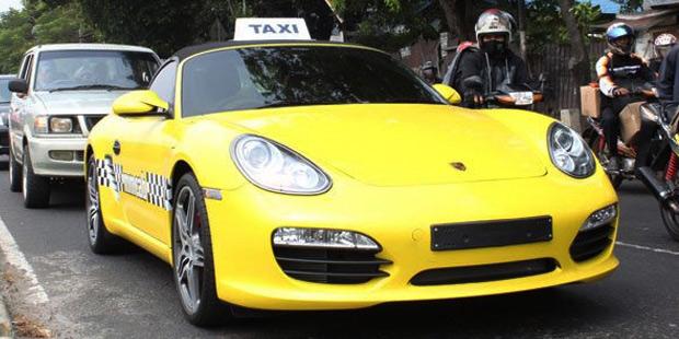 Porsche Boxster Taxi in Jakarta