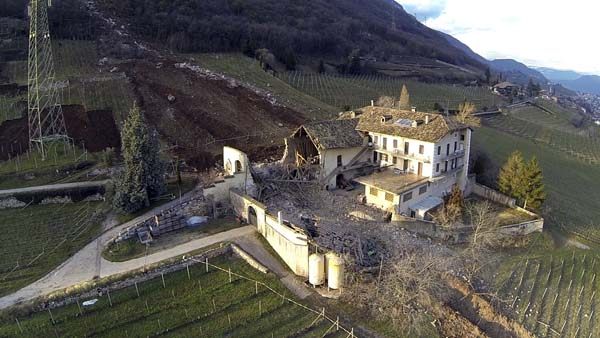 Boulder House Italy
